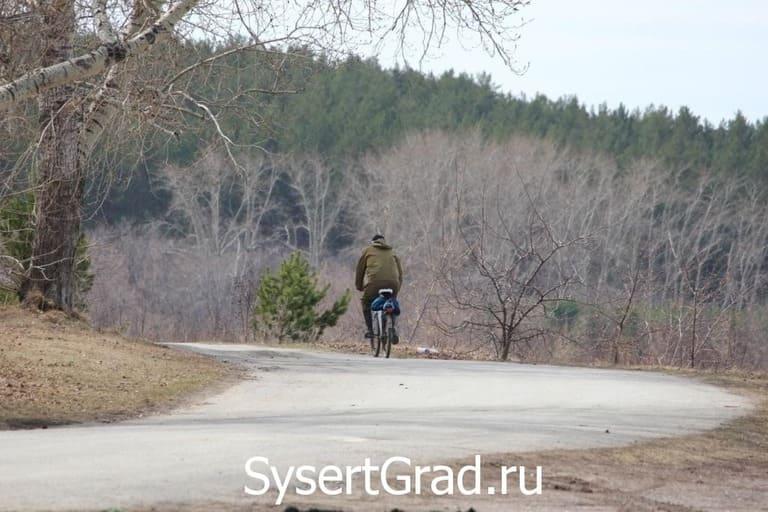 Велосипедист у Бесёновки