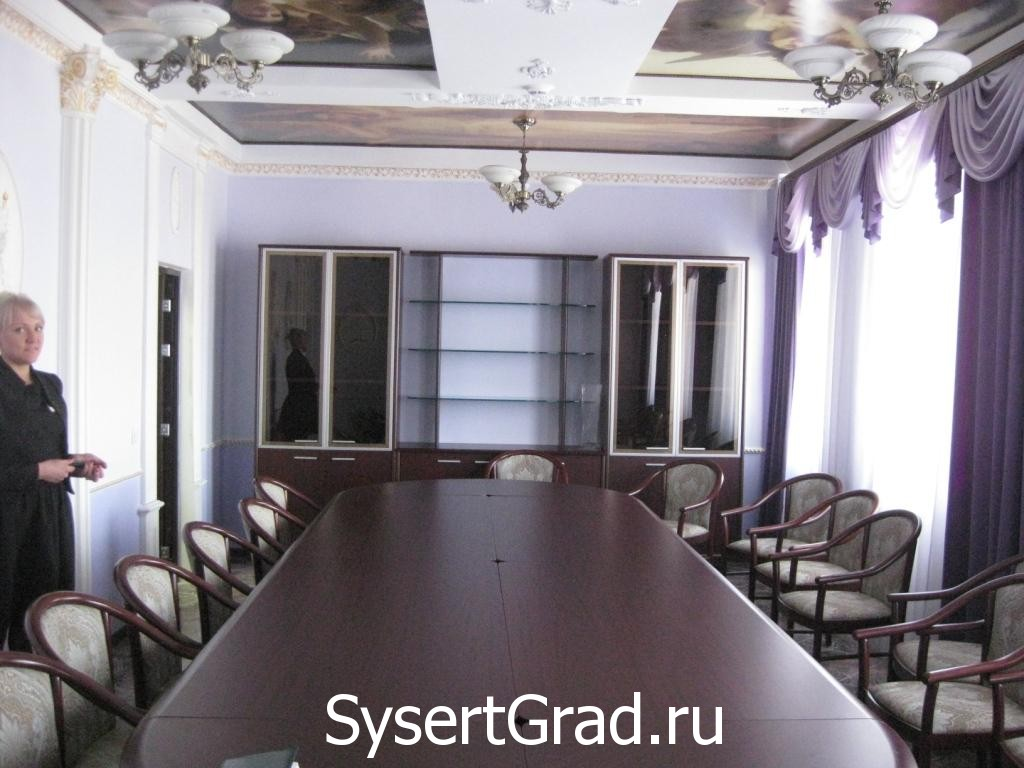 VIP-zal restoranno-gostinichnogo kompleksa «Smirnov»