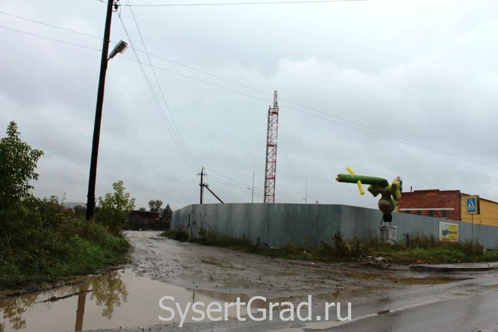 АЗС Башкирские Нефтепродукты в Сысерти переехала в грязь