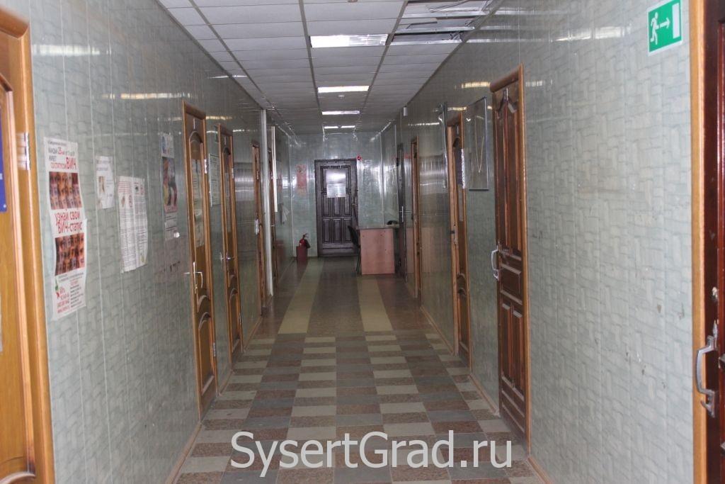 На первом этаже Сысерть, ул.Тимирязева, 60