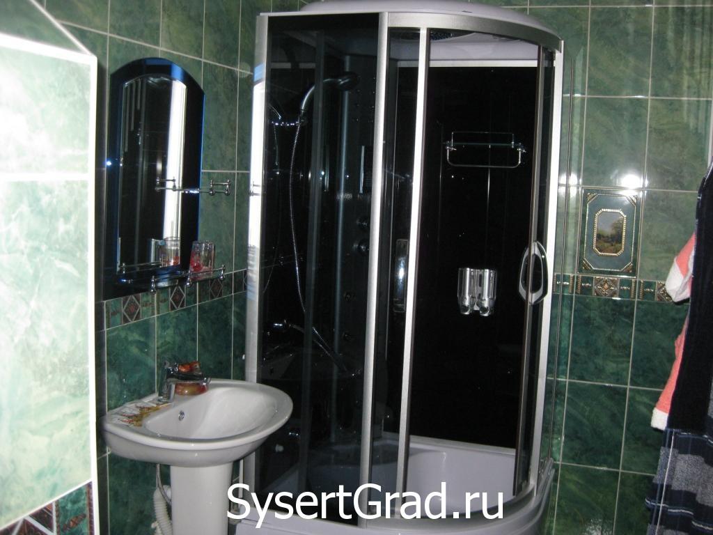 Dushevaja nomera ljuks restoranno-gostinichnogo kompleksa «Smirnov»