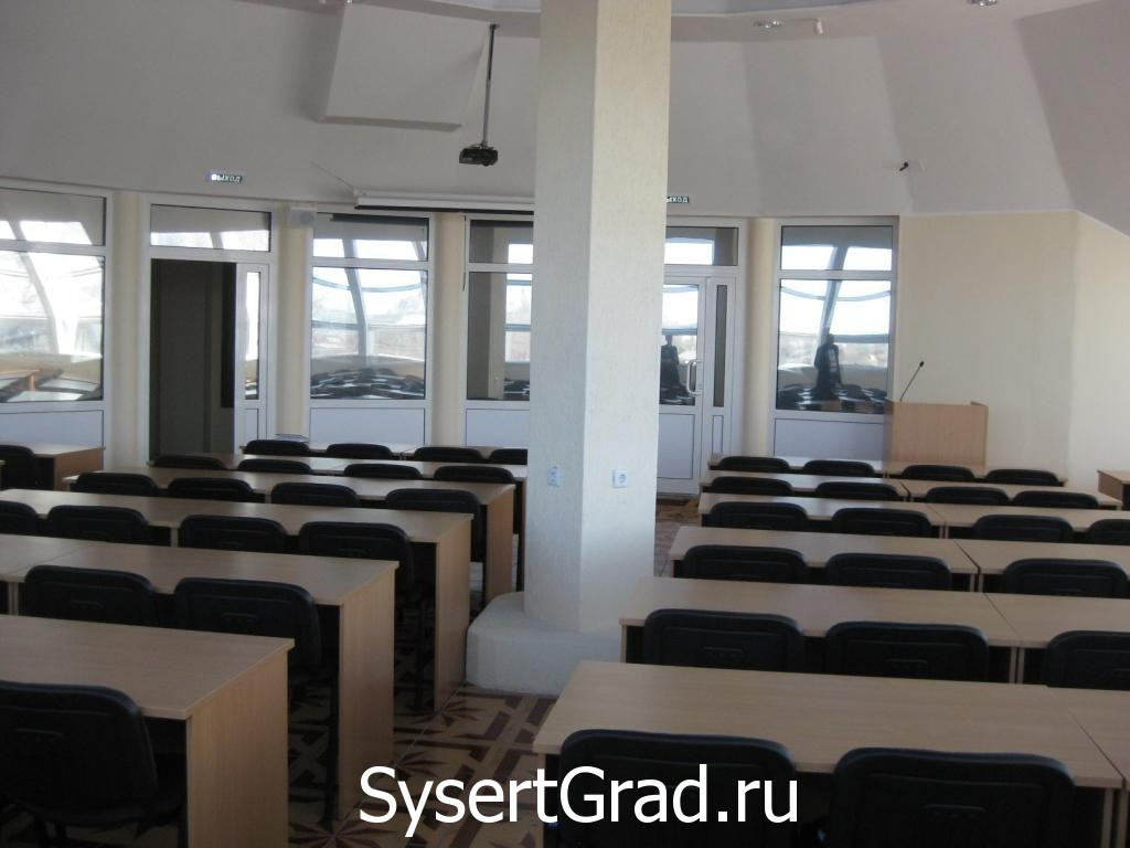 Konferenc-zal na 80 chelovek restoranno-gostinichnogo kompleksa Smirnov