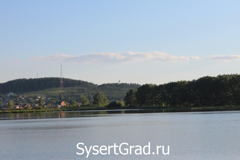 Гора Бессонова со стороны Уралгидромаша