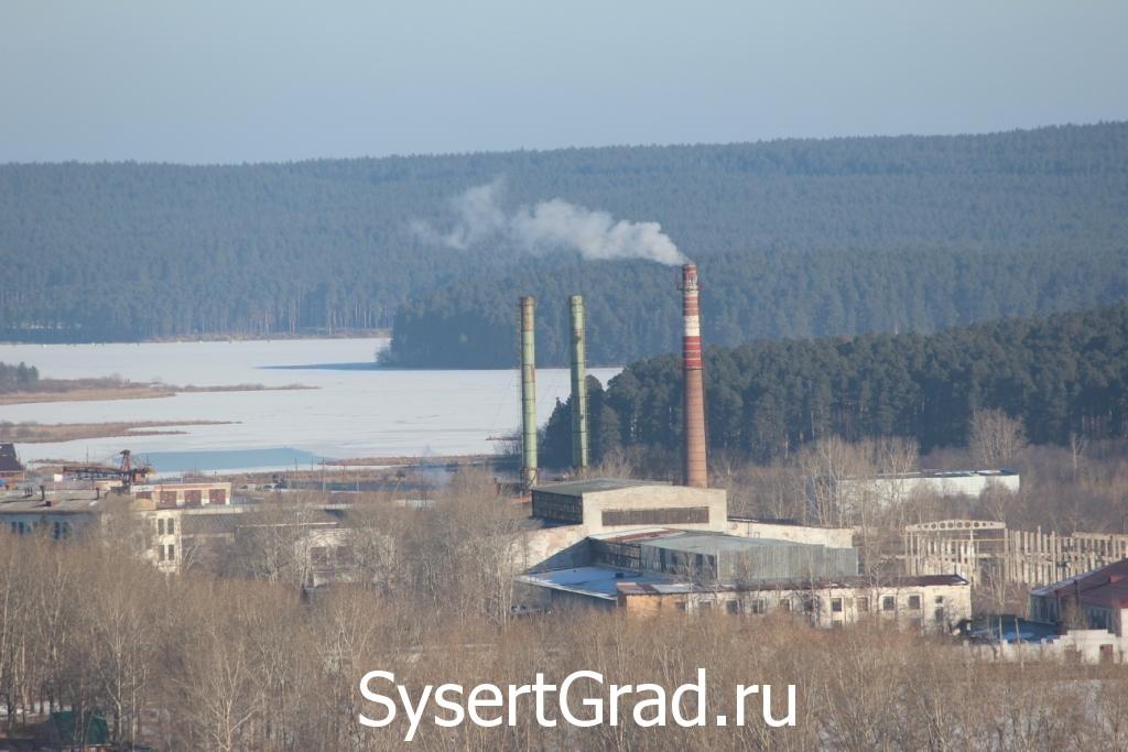 Трубы Уралгидромаша. Вид с сысертской горы.