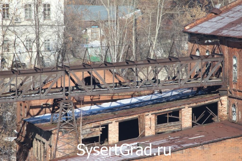 На сысертский завод руду подвозили по железному пути