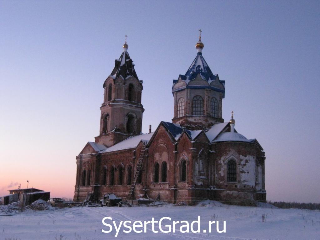 Церковь Михаила Архангела стоит на скале