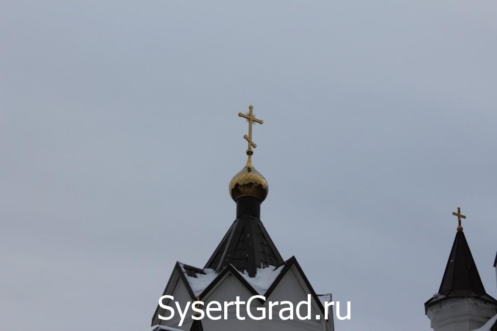 Маковка церкви Петра и Павла