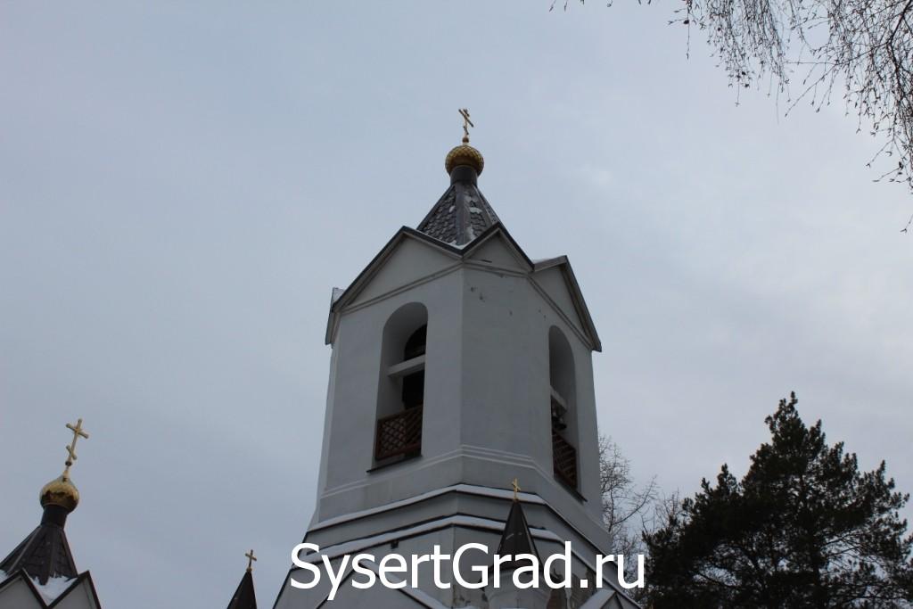 Колокольня церкви во имя святых апостолов Петра и Павла