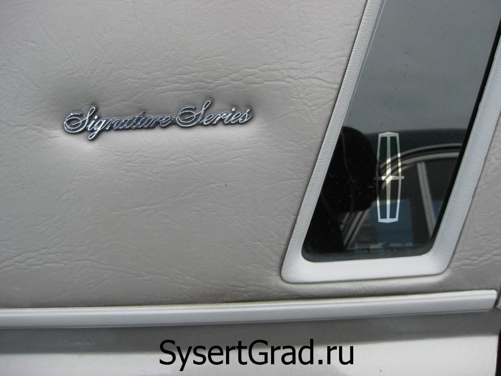 Lincoln Town Car версии Signature Series