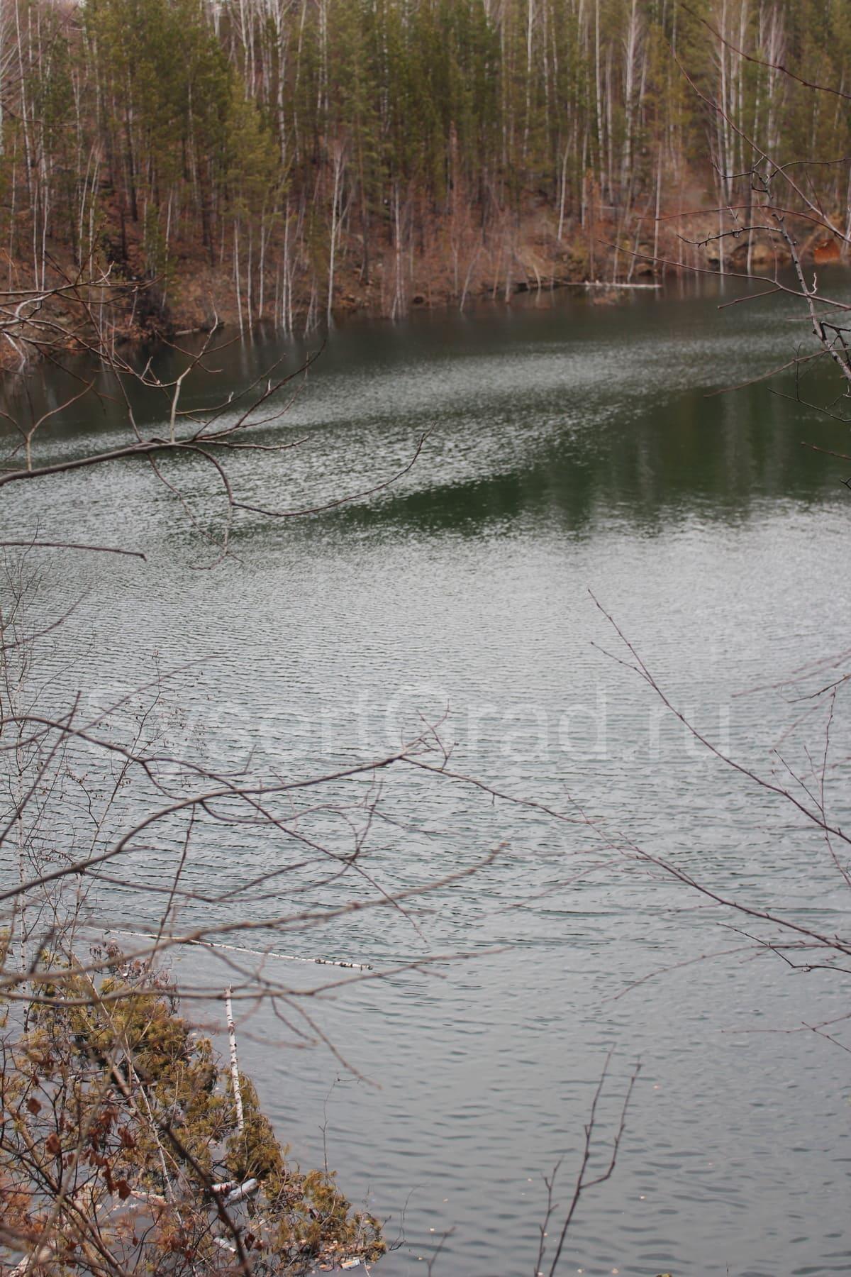 Озеро на месте карьера
