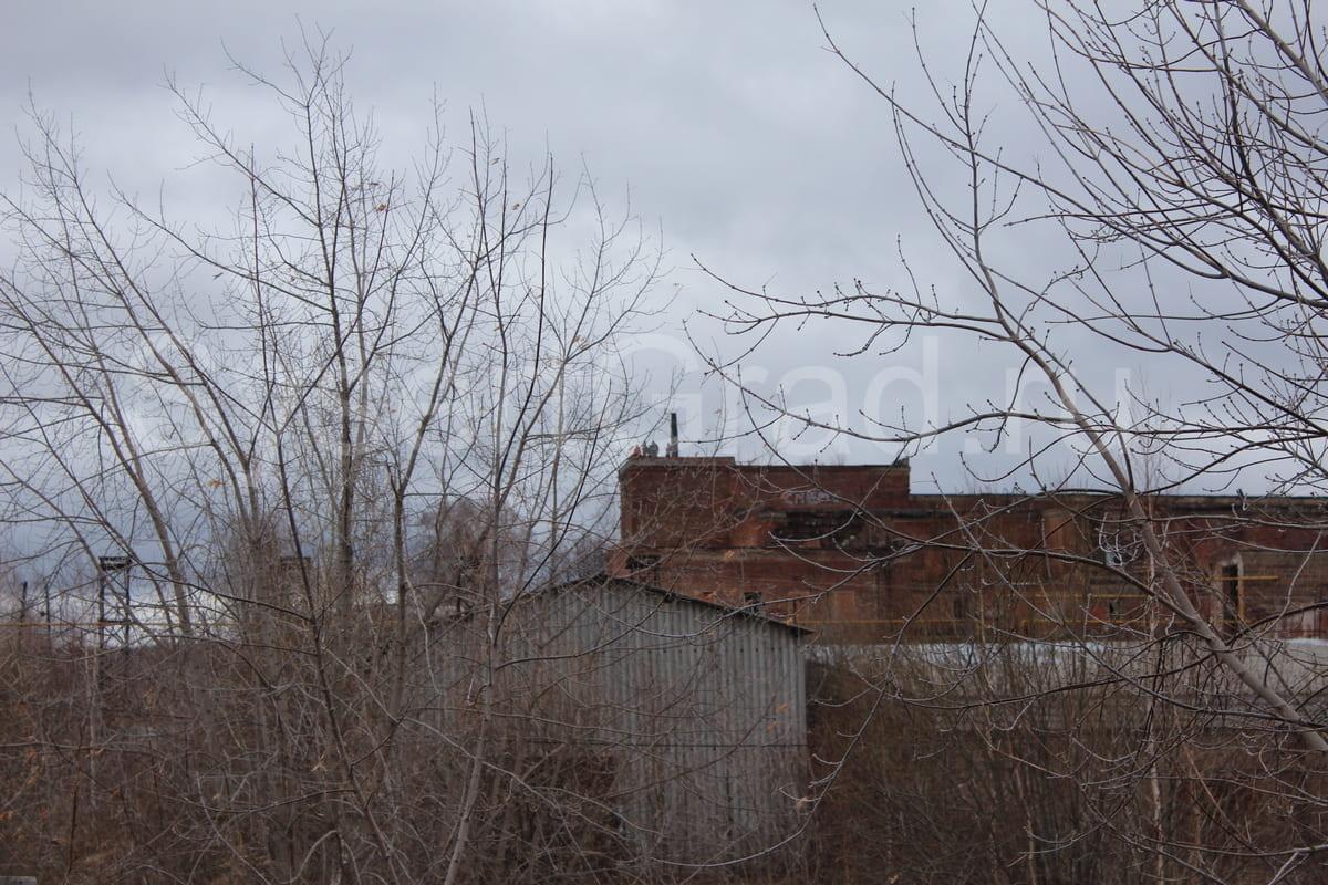 Вид на тальковый комбинат поселок Шабровский