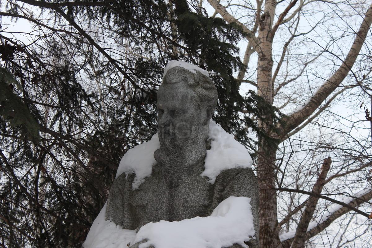 Бажов Павел Петрович 24